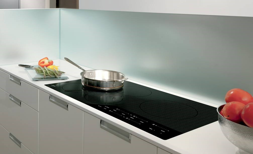 How To Clean An Induction Cooktop - Cookwared